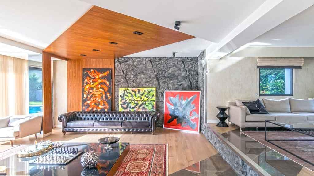 Arda Turan'ın villası Sarıyer Bahçeköy Saklı Koru sitesinde