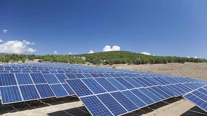 Altı otopark üstü güneş enerjisi olacak