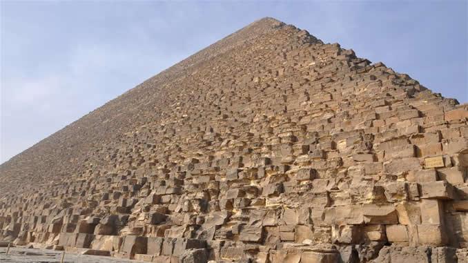 Mısır piramitleri nasıl inşa edildi?